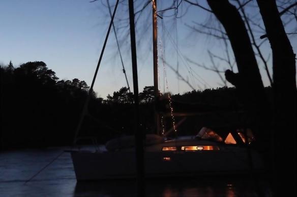Jul båt Vällinge mörk